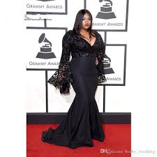 2018 Grammy Awards Plus Size Mermaid Prom Dresses With Long Sleeves V Neck Jazmine Sullivan Sequins Celebrity Gowns Black Lace Evening Gowns Goth Prom