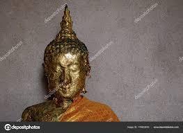 Kop Van Boeddha Afbeelding Met Bladgoud Gezicht Oude Terrazzo Muur