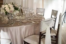chiavari chairs around table