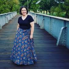 Deanne Skirt Size Chart The Lularoe Deanne Skirt My Honest Review Devin Zarda