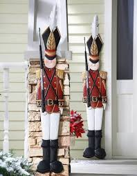 handmade outdoor christmas decorations. 60-trendy-outdoor-christmas-decorations_18 handmade outdoor christmas decorations d