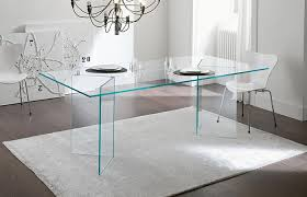 glass dining table from tonelli