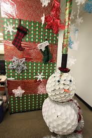 office christmas decoration ideas. Office-christmas-door-decorating-idea Office Christmas Decoration Ideas