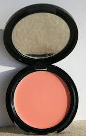 make up for ever official hd creme blush in 225 is perfect for an ivory