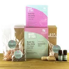naissance soak the day away luxury bath salts diy gift set lavender bergamot