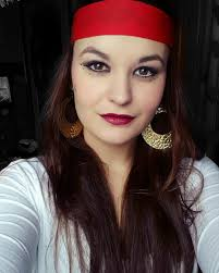 nice looking pirate makeup