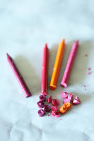 diy lip gloss cutting crayons