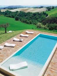 Le bonheur est dans les Marches Lap pools Scale and Rectangle pool
