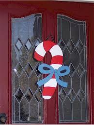 Resultado de imagen de decoración navideña sencilla para puertas sencillo