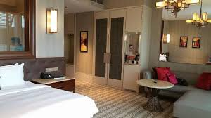 equarius hotel deluxe suites. Resorts World Sentosa Equarius Hotel Bedroom Deluxe Suites V