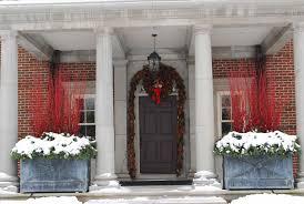 how to hang garland around front doorHow To Hang Garland Around Front Door Porch And Front Door Garland