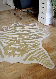 diy faux zebra rug 5