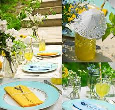 table-decoration-ideas-summer-yellow-aqua-blue-sheme