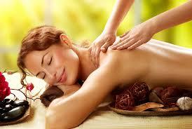 Spannend spannendes gedehnte fotze asian massage