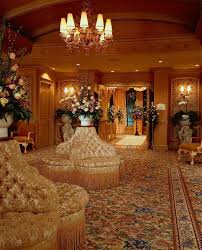as you begin to plan your las vegas wedding be sure to look at a few pictures of the chapels around las vegas and in the las vegas hotels