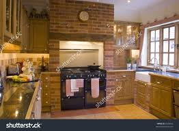 Farm House Kitchen Traditional Farmhouse Kitchen Stock Photo 2532023 Shutterstock