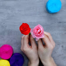 How To Make Flower Out Of Tissue Paper Creative Ways To Make Flowers Out Of Tissue Paper Craft