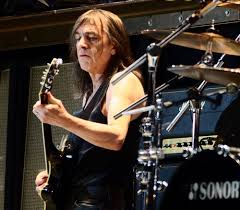 malcolm young estimated net worth
