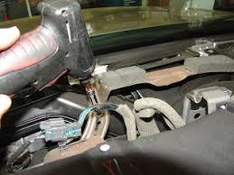 how to remove driverside passanger side temp controll actuators in 28 jpg