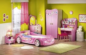 Normal kids bedroom Lady If You Are Investing In Kiddiesized Beds Make Sure You Invest In One With Very Good Quality So That You Can Pass It On To Younger Kids In The Future Lifeedited How To Pick The Right Bed For Your Kids