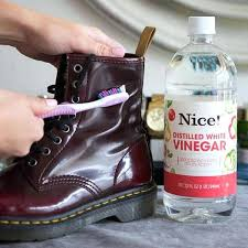getting stains out of leather shoes use vinegar and a toothbrush to get water stains off getting stains out of leather