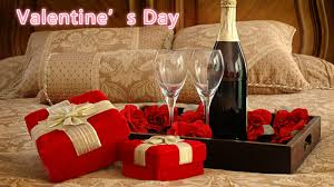 Browse our range of valentine's gifts for the best selection. 20 Best Valentine S Day Gifts Ideas For Girlfriend And Boyfriends In 2019
