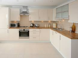 Porcelain Or Ceramic Tile For Kitchen Floor Porcelain Vs Non Porcelain Ceramic Tile Floor Coverings