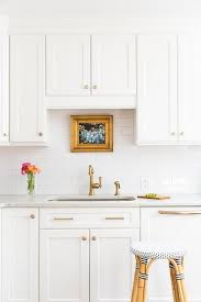 Transitional Kitchen Designs Extraordinary White Shaker Kitchen Cabinets With Gold Hardware Transitional