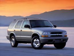 Blazer chevy blazer 2002 : Chevrolet Blazer 2002 photo and video review, price ...