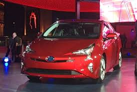 global hybrid strategy rides on back of new Prius model