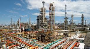 ЛУКОЙЛ Нефтепереработка способы процессы перспективы НПЗ  В Группу ЛУКОЙЛ входят четыре НПЗ в России в Перми Волгограде Нижнем Новгороде и Ухте а также три НПЗ в Европе Италия Румыния Болгария и 45% я