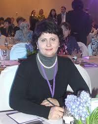 Главный внештатный диабетолог минздрава Забайкалья Гость Чита Ру В 1996 году после прохождения интернатуры по терапии и первичной специализации по эндокринологии начала профессиональную деятельность врачом эндокринологом