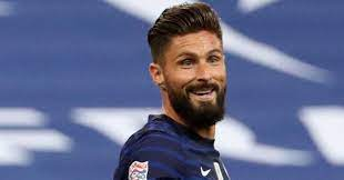 Olivier giroud showcased his dance moves after his side's champions league final victory over manchester city at the estadio do dragao in porto last night. Giroud Admits One Destination Is Unlikely In Hint At Plans After Chelsea