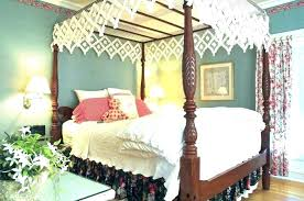 Canopy Bed Curtains Queen Queen Size Canopy Bed Curtains