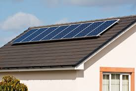 5 solar energy companies to help homeowners cut costs without cutting the lights