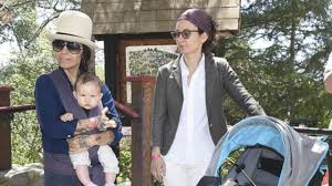 Sara Gilbert and Linda Perry: A Rare Glimpse Into 'The Conners' Star's  Family Life