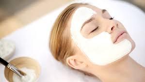 <b>Альгинатная маска для лица</b> — салонный уход дома | Elle.ru