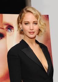 Jennifer Lawrence New Hair Style jennifer lawrences textural bob and smoky eye vogue 3017 by stevesalt.us