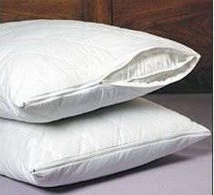 Amazon.com: SET OF 2 NEW ZIPPERED QUILTED PILLOW COVERS - KING ... & SET OF 2 NEW ZIPPERED QUILTED PILLOW COVERS - KING SIZE Adamdwight.com
