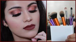 how to use makeup brushes in hindi for beginners