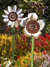 Scrap Metal Flowers. Outdoor Project