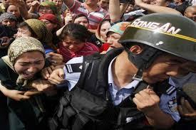 Çin'in Müslüman Uygurlara zulmünü 'soykırım' olarak kabul eden ilk  parlamento