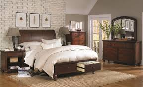 Queen Size Bedroom Furniture Aspenhome Cambridge Queen Size Bed With Sleigh Headboard Drawer
