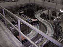 Znalezione obrazy dla zapytania crate conveyor chain