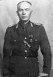 Imagini pentru Carol_al_II-lea şi gen.Antonescu photos