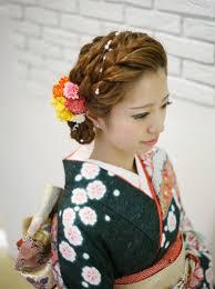 和装で結婚式に行くなら髪型ヘアスタイルはショートをアレンジして