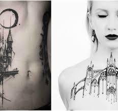 Neobyčejně Krásná Tetování Inspirovaná Architektonickými Motivy
