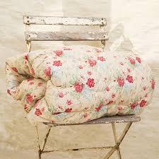 Vintage Floral Eiderdown Quilt | Vintage floral, Vintage patterns ... & Nice vintage pattern - Vintage Floral Eiderdown Quilt Adamdwight.com