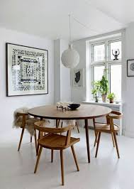 Dining Room: Wooden Round Dining Table Decoration - Dining Table