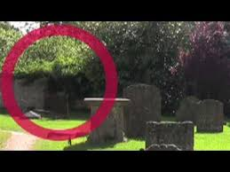 abraham lincoln ghost caught on tape. real ghost caught on tape in old cemetery abraham lincoln t